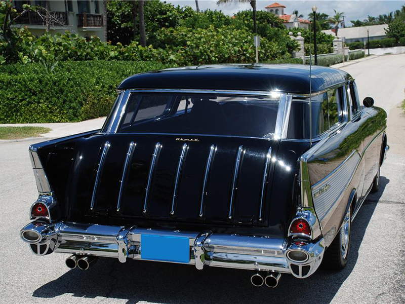 2nd Image of a 1957 CHEVROLET NOMAD