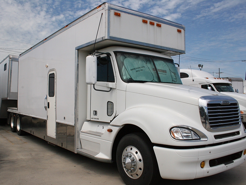 Main Image of a 2006 FREIGHTLINER COLUMBIA 120