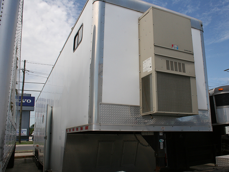 6th Image of a 2006 FREIGHTLINER COLUMBIA 120