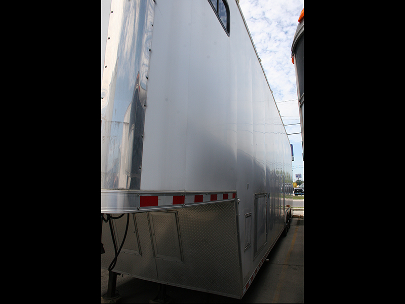 8th Image of a 2006 FREIGHTLINER COLUMBIA 120