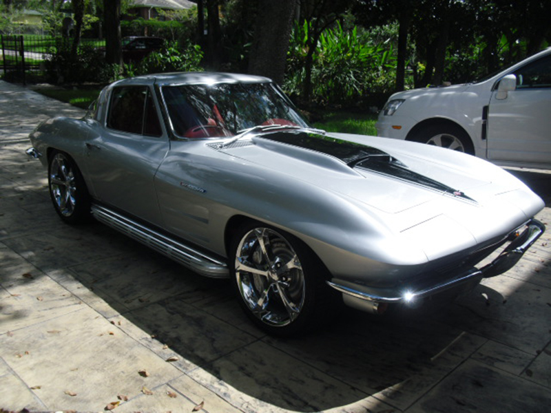 1st Image of a 1964 CHEVROLET CORVETTE