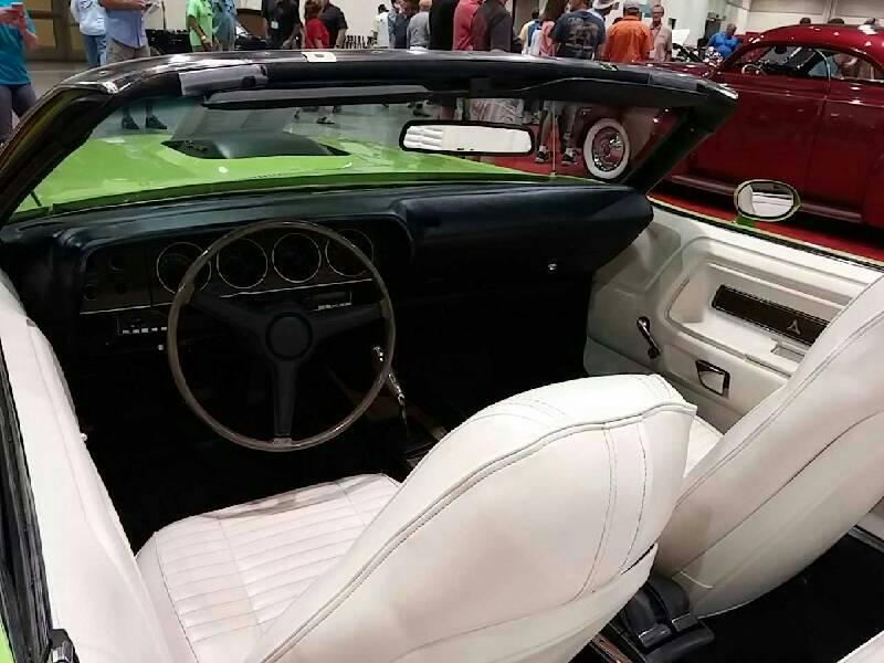 3rd Image of a 1970 DODGE CHALLENGER