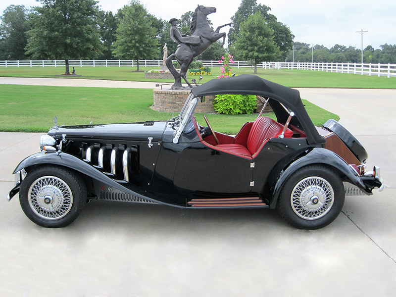 3rd Image of a 1952 MG TD REPLICA