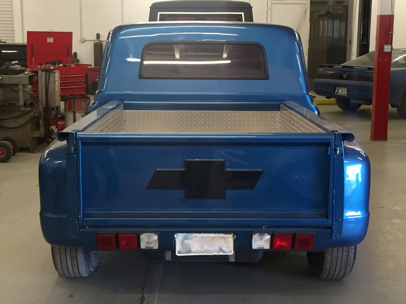 3rd Image of a 1967 CHEVROLET C10