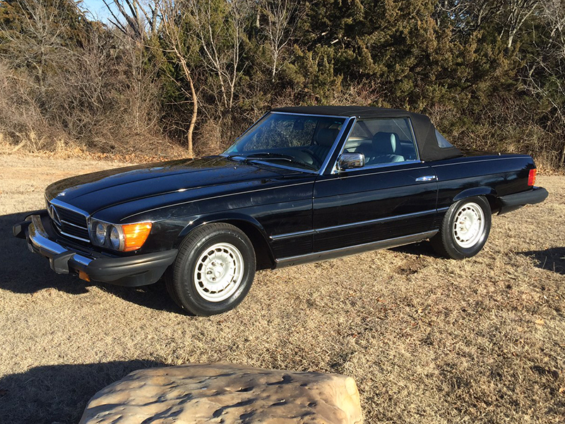 2nd Image of a 1984 MERCEDES-BENZ 380 380SL