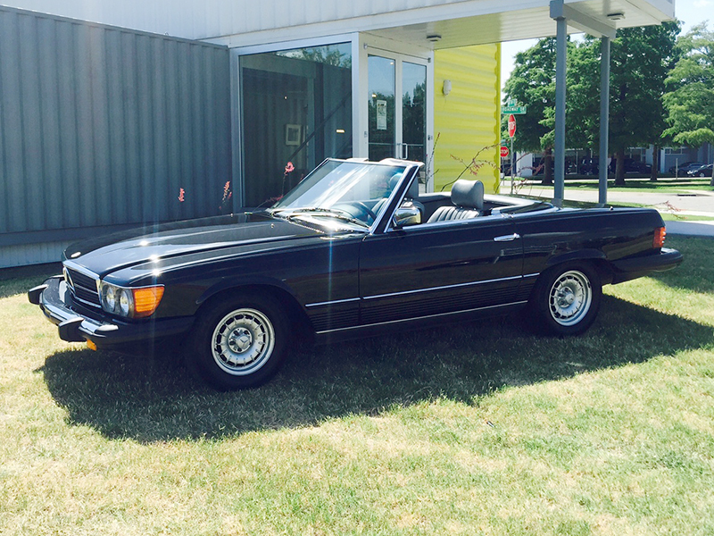 3rd Image of a 1984 MERCEDES-BENZ 380 380SL