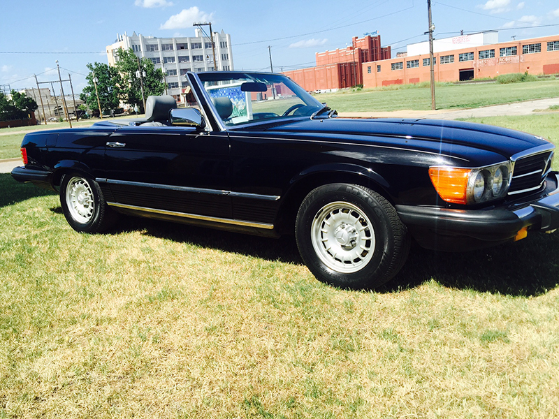 4th Image of a 1984 MERCEDES-BENZ 380 380SL