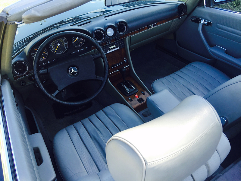 10th Image of a 1984 MERCEDES-BENZ 380 380SL
