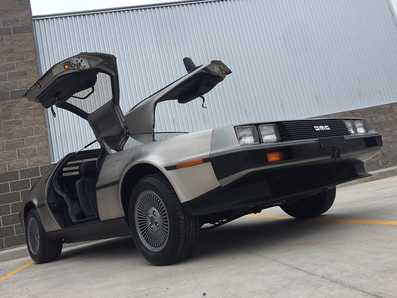 3rd Image of a 1981 DELOREAN DMC-12