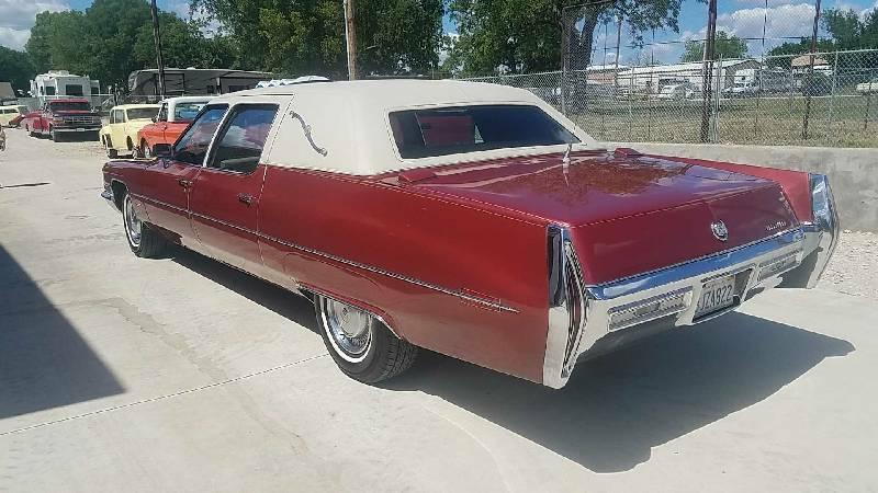 4th Image of a 1971 CADILLAC FLEETWOOD LIMO