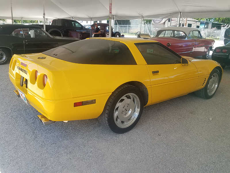 3rd Image of a 1995 CHEVROLET CORVETTE