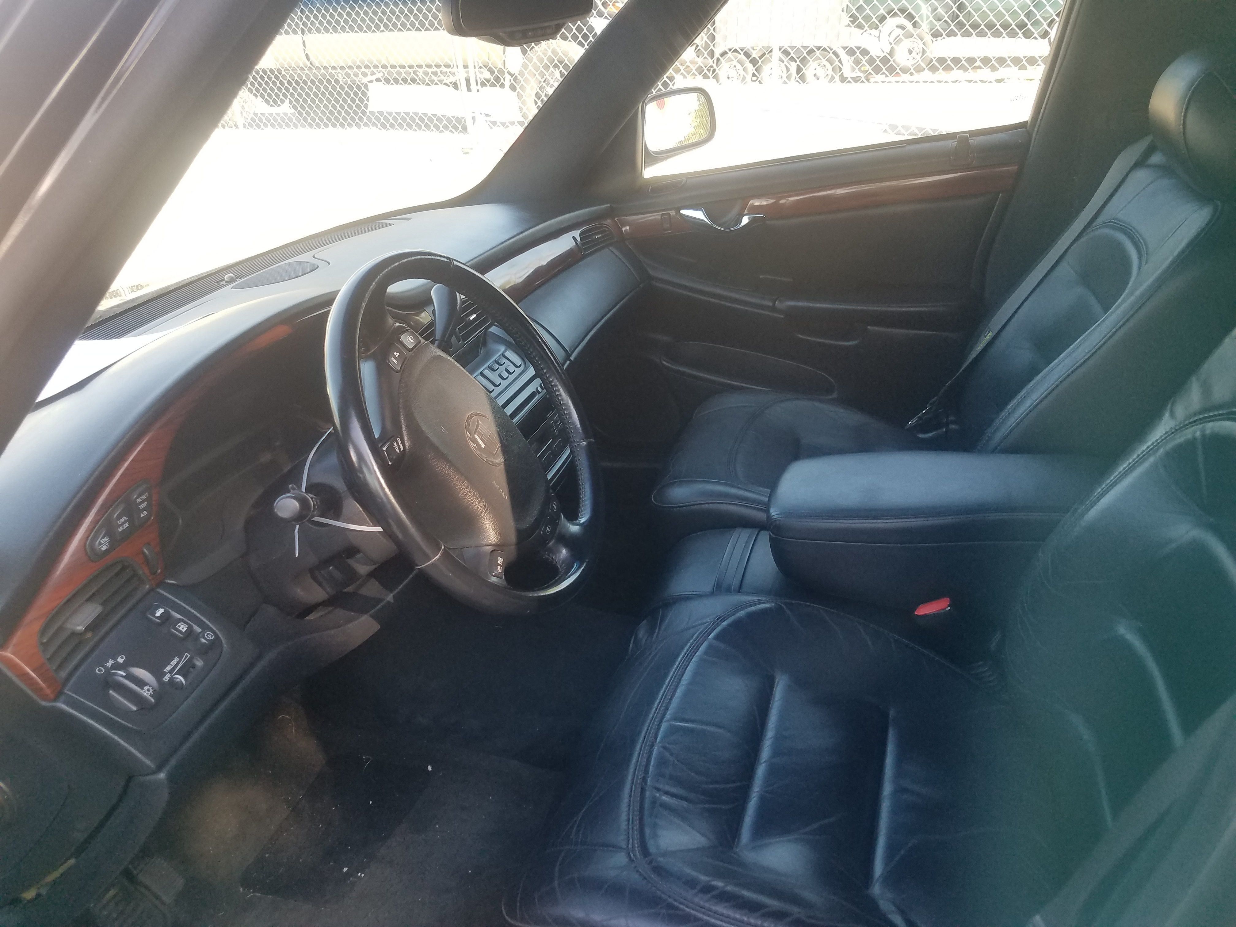 5th Image of a 2002 CADILLAC DEVILLE SPECIAL COMMERCIAL CHASSIS LIMO