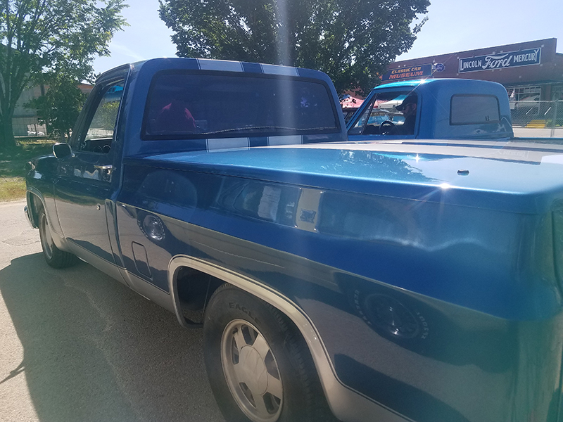 3rd Image of a 1982 CHEVROLET C10