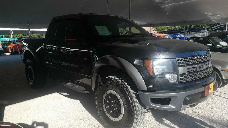 2nd Image of a 2010 FORD F150 RAPTOR