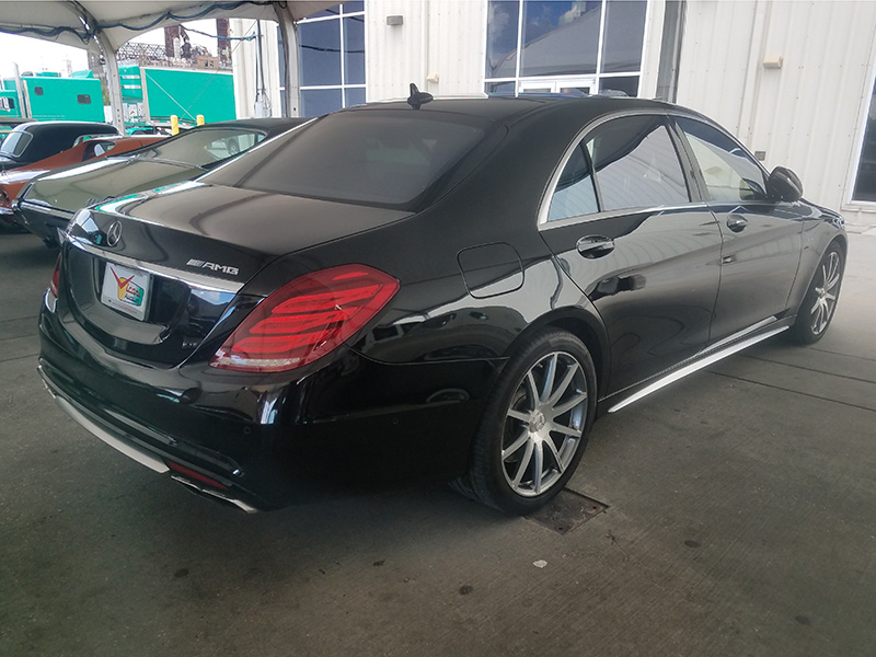 2nd Image of a 2014 MERCEDES-BENZ S-CLASS S63 AMG