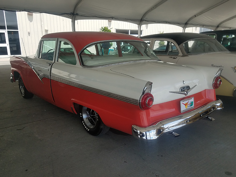 3rd Image of a 1956 FORD FAIRLANE