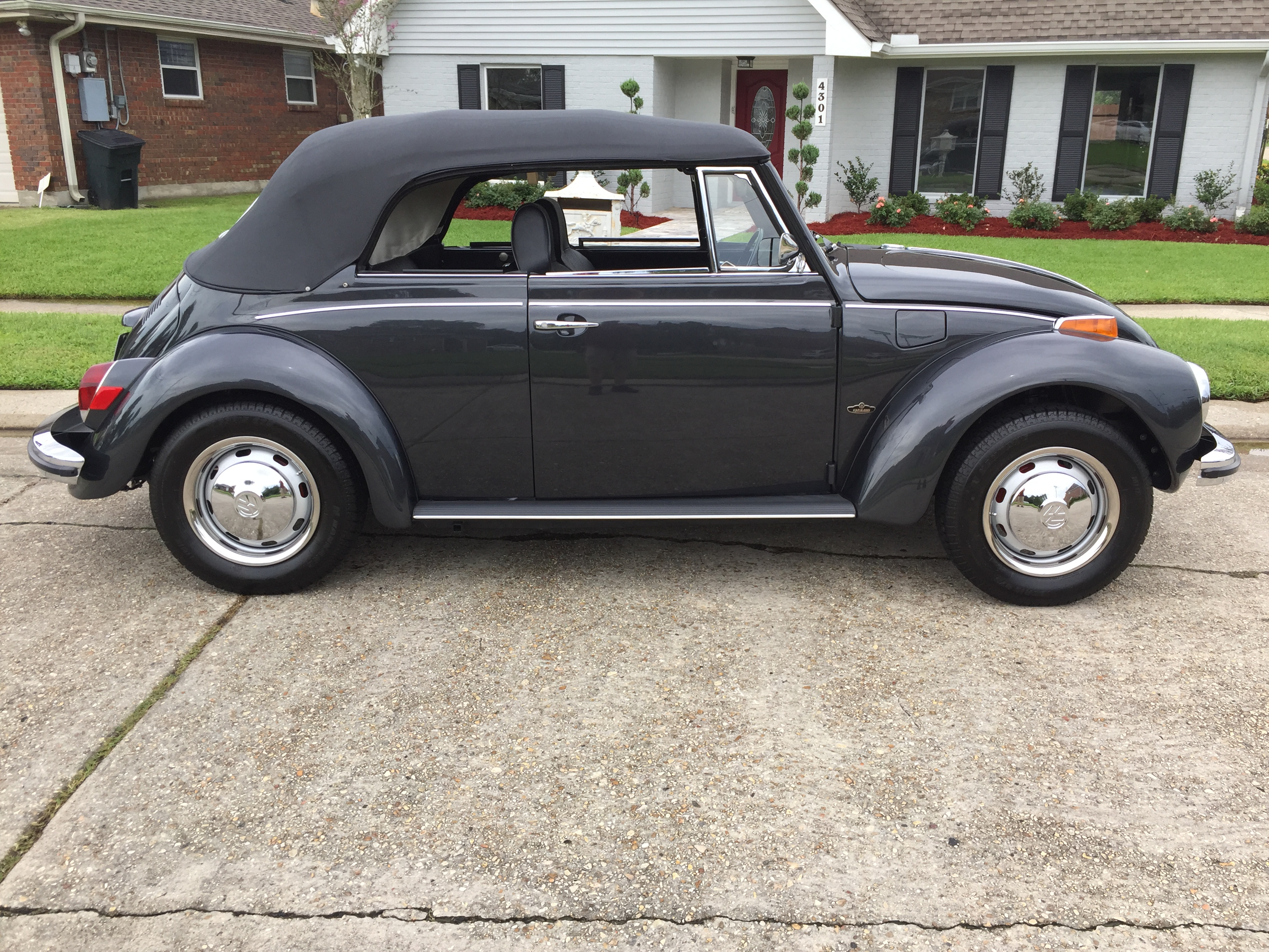 4th Image of a 1971 VOLKSWAGEN SUPER BEETLE