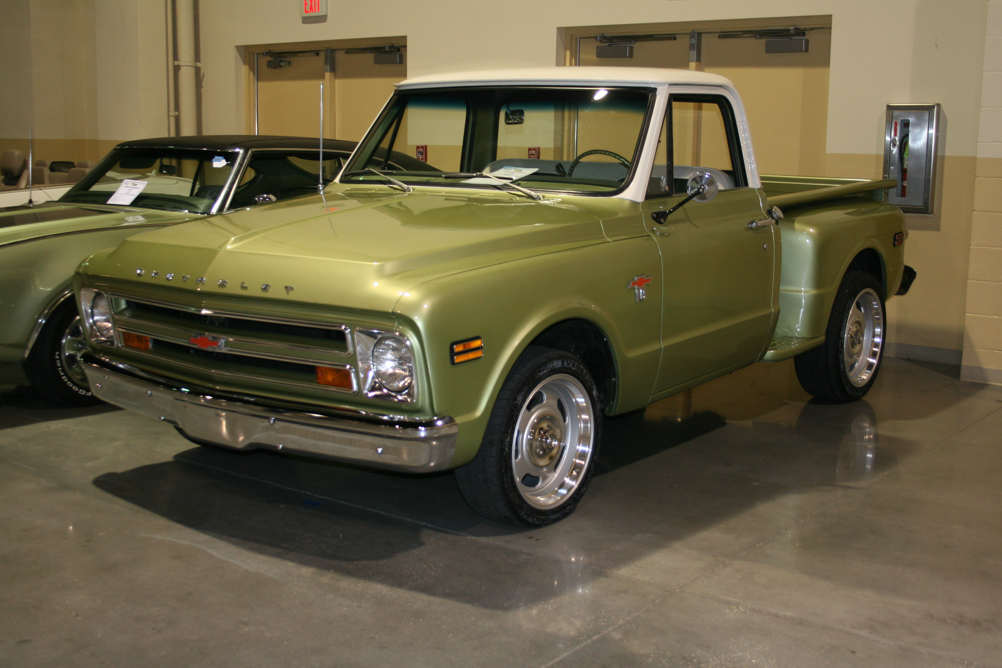 2nd Image of a 1969 CHEVROLET C10