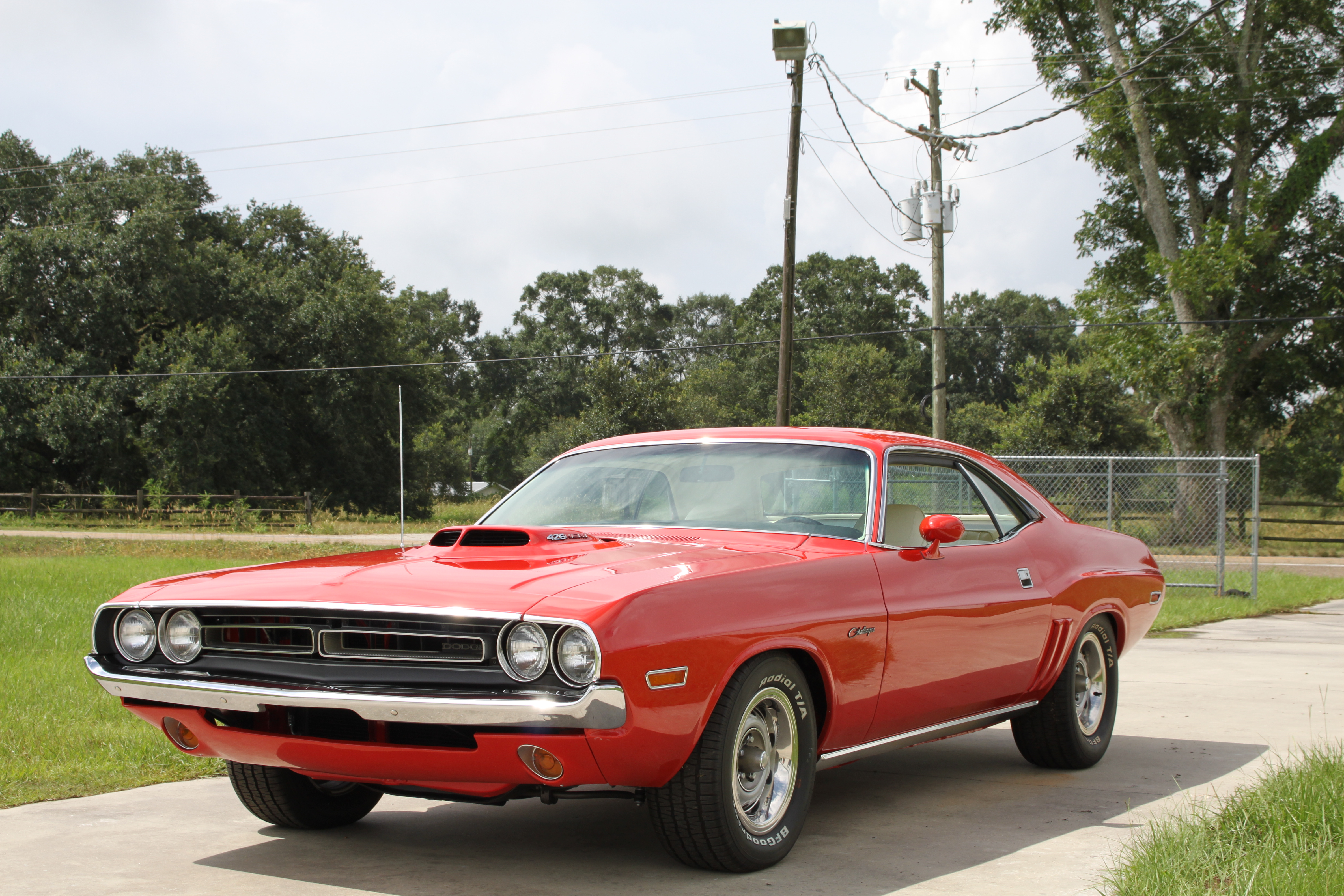 1st Image of a 1971 DODGE CHALLENGER