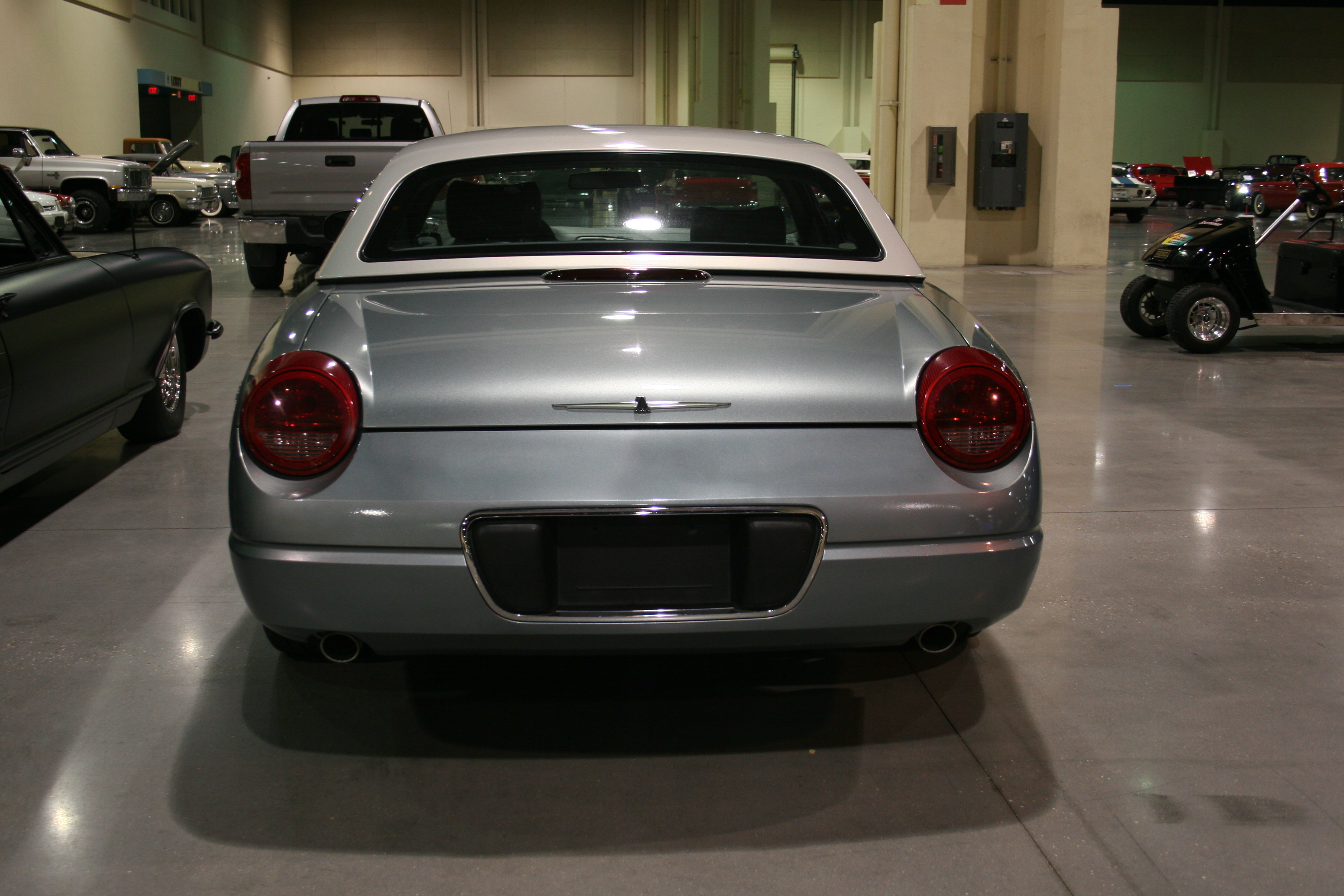 5th Image of a 2004 FORD THUNDERBIRD
