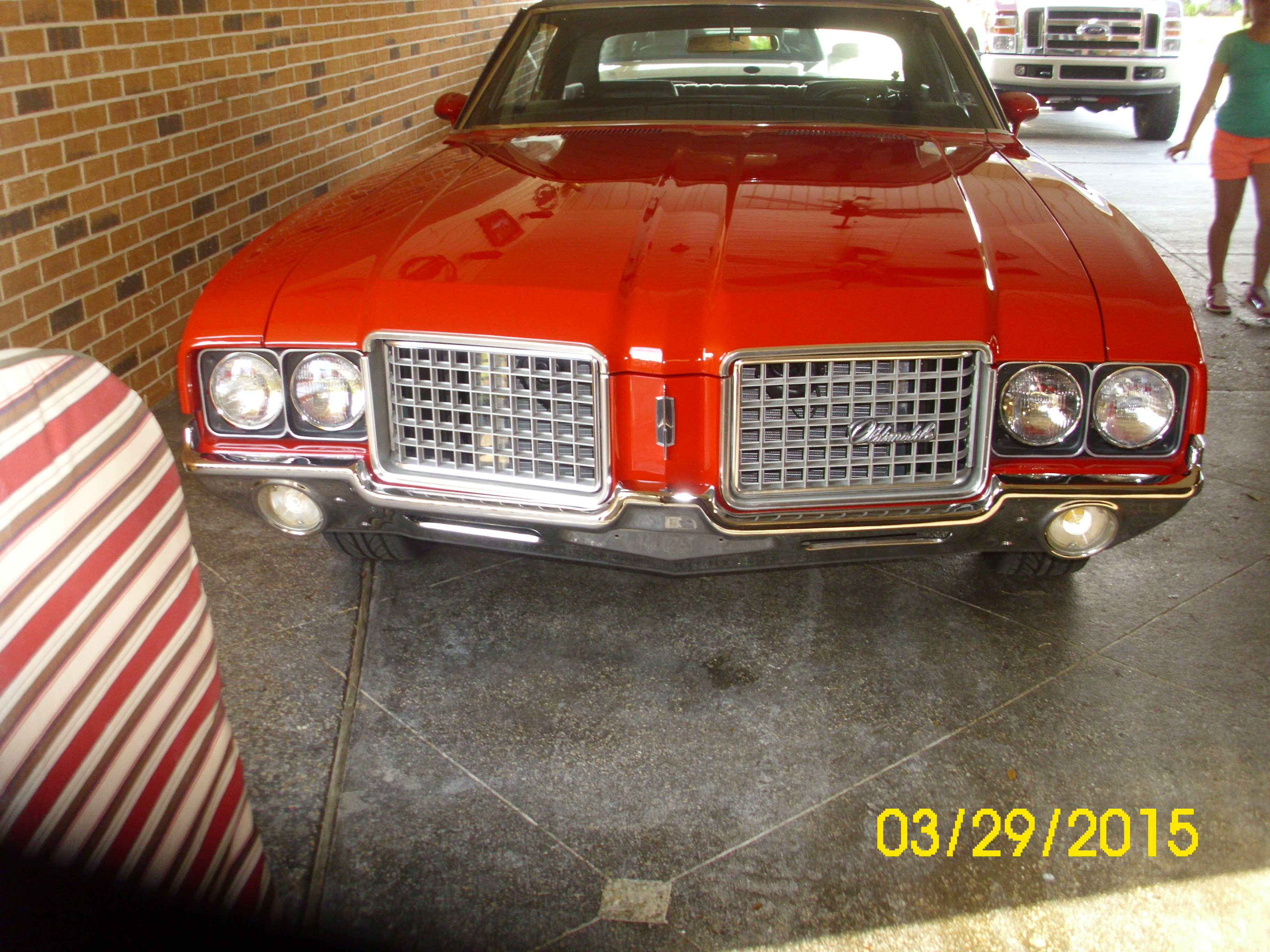 3rd Image of a 1972 OLDSMOBILE CUTLASS SUPREME