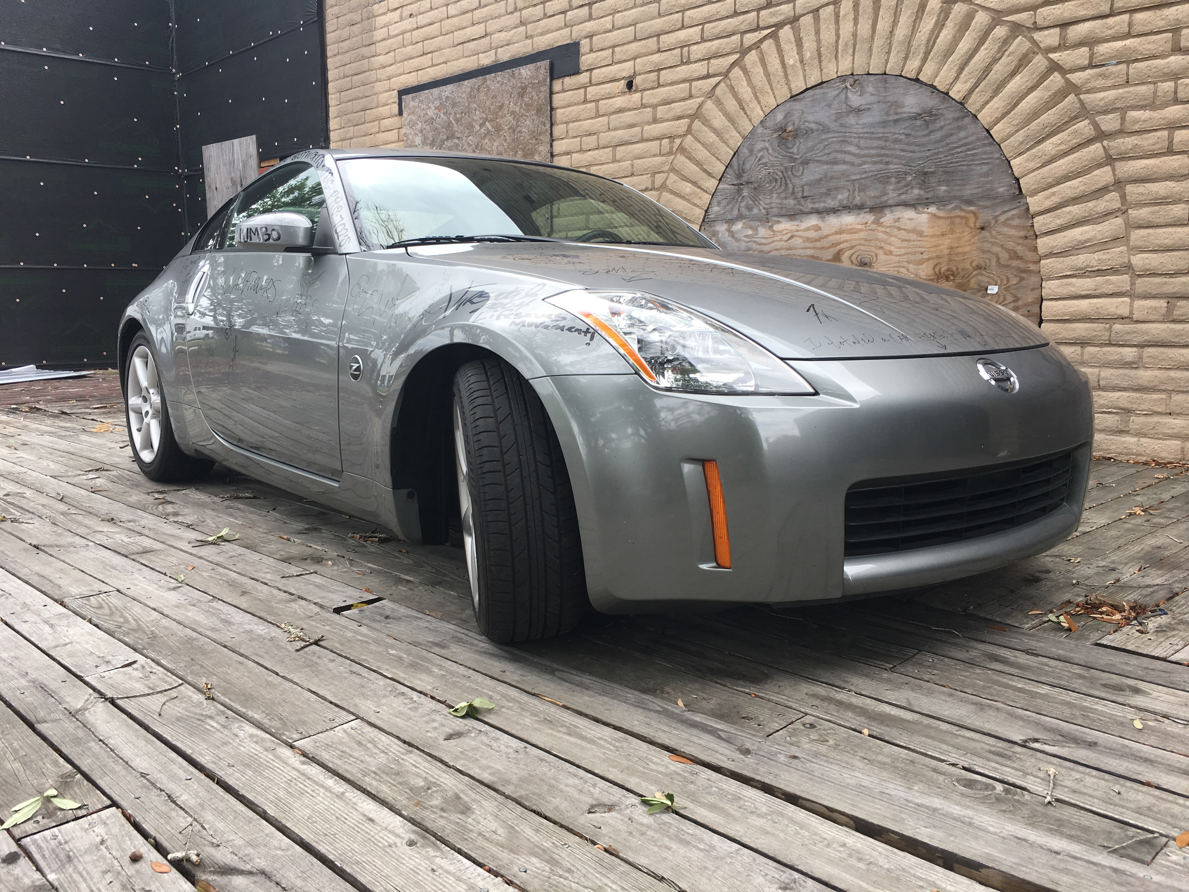 3rd Image of a 2003 NISSAN 350Z