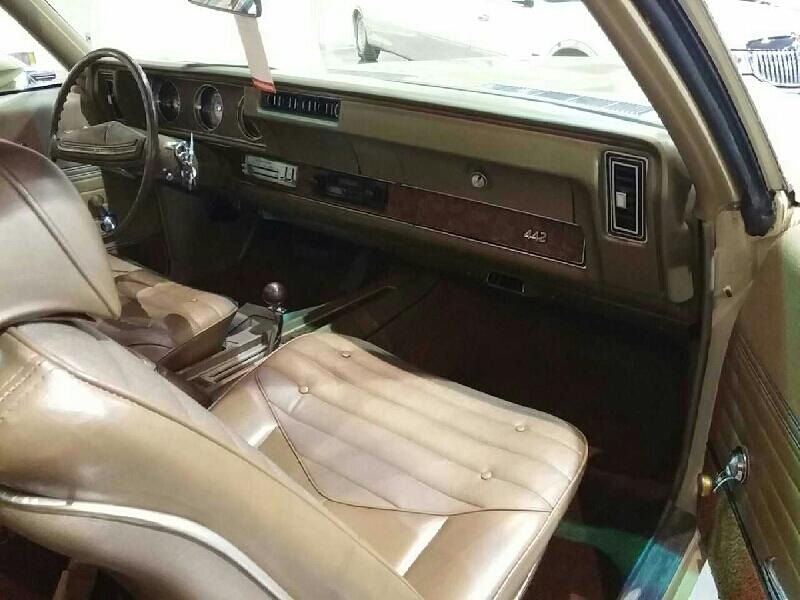 11th Image of a 1970 OLDSMOBILE 442