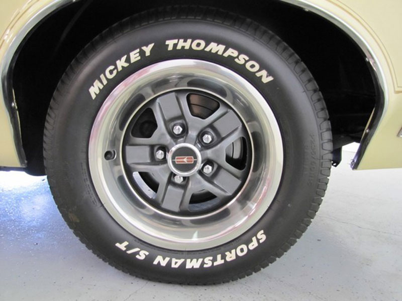 22nd Image of a 1970 OLDSMOBILE 442