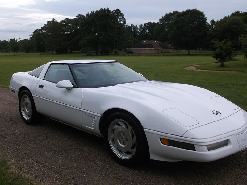 2nd Image of a 1996 CHEVROLET CORVETTE