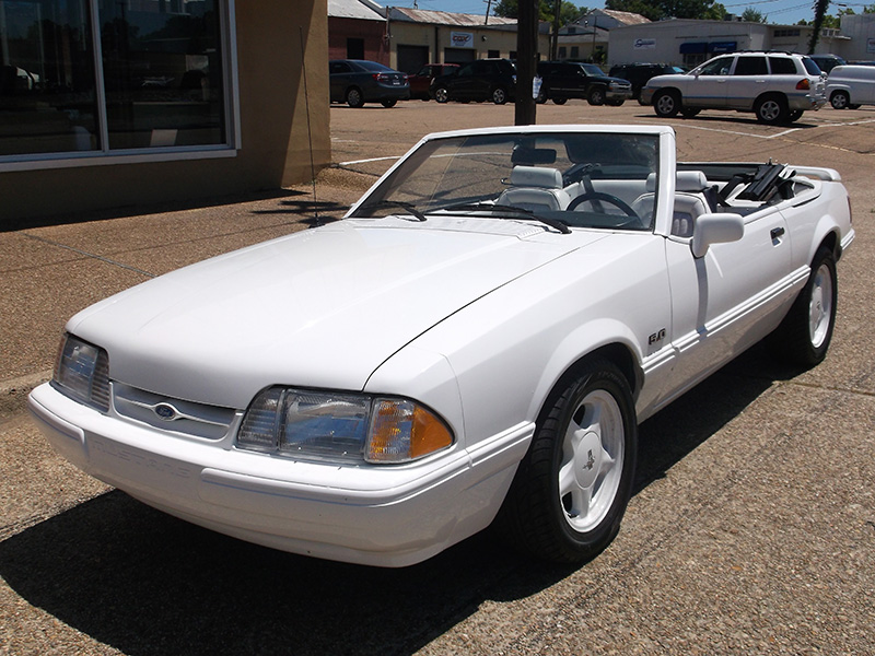 1st Image of a 1993 FORD MUSTANG LX
