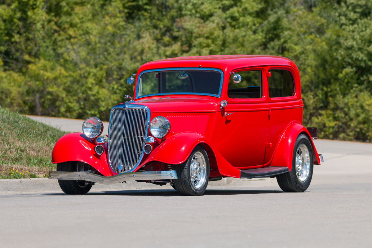 2nd Image of a 1934 FORD TUDOR