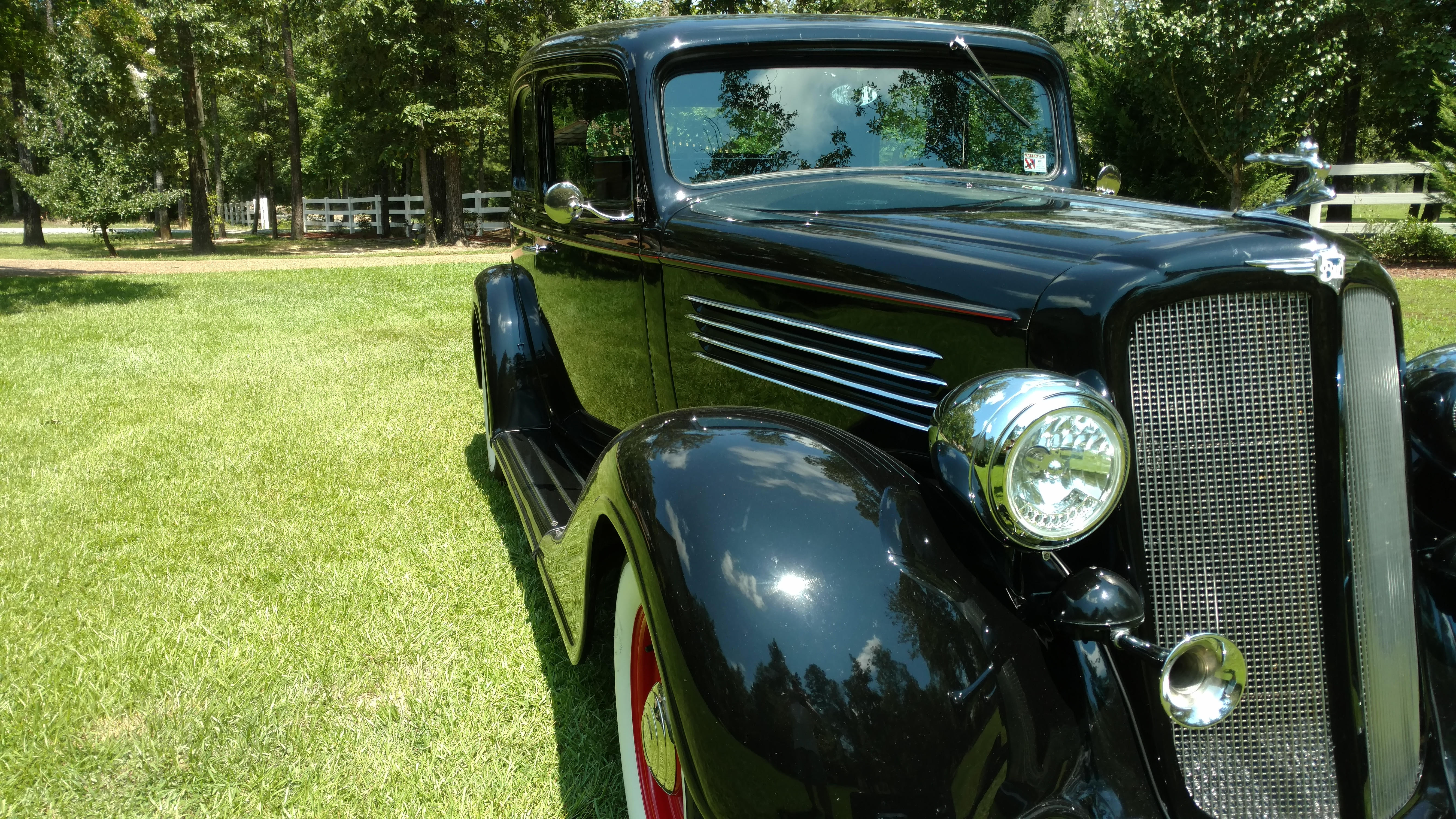 3rd Image of a 1935 BUICK VICTORIA