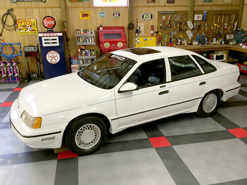 1st Image of a 1990 FORD TAURUS SHO
