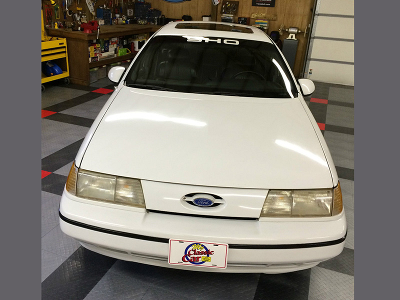 4th Image of a 1990 FORD TAURUS SHO