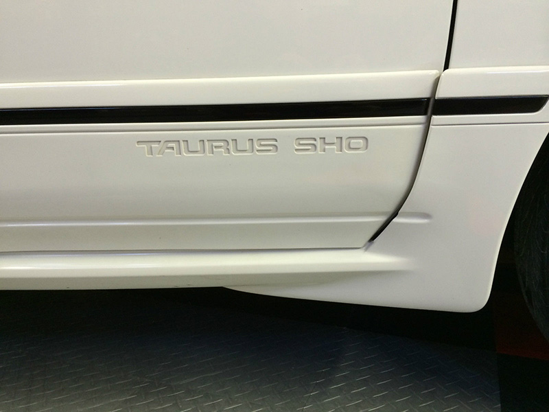 8th Image of a 1990 FORD TAURUS SHO