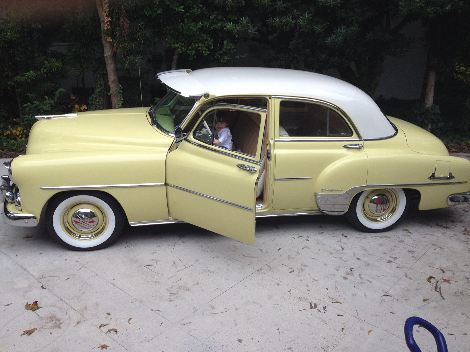 1st Image of a 1952 CHEVROLET BELAIR
