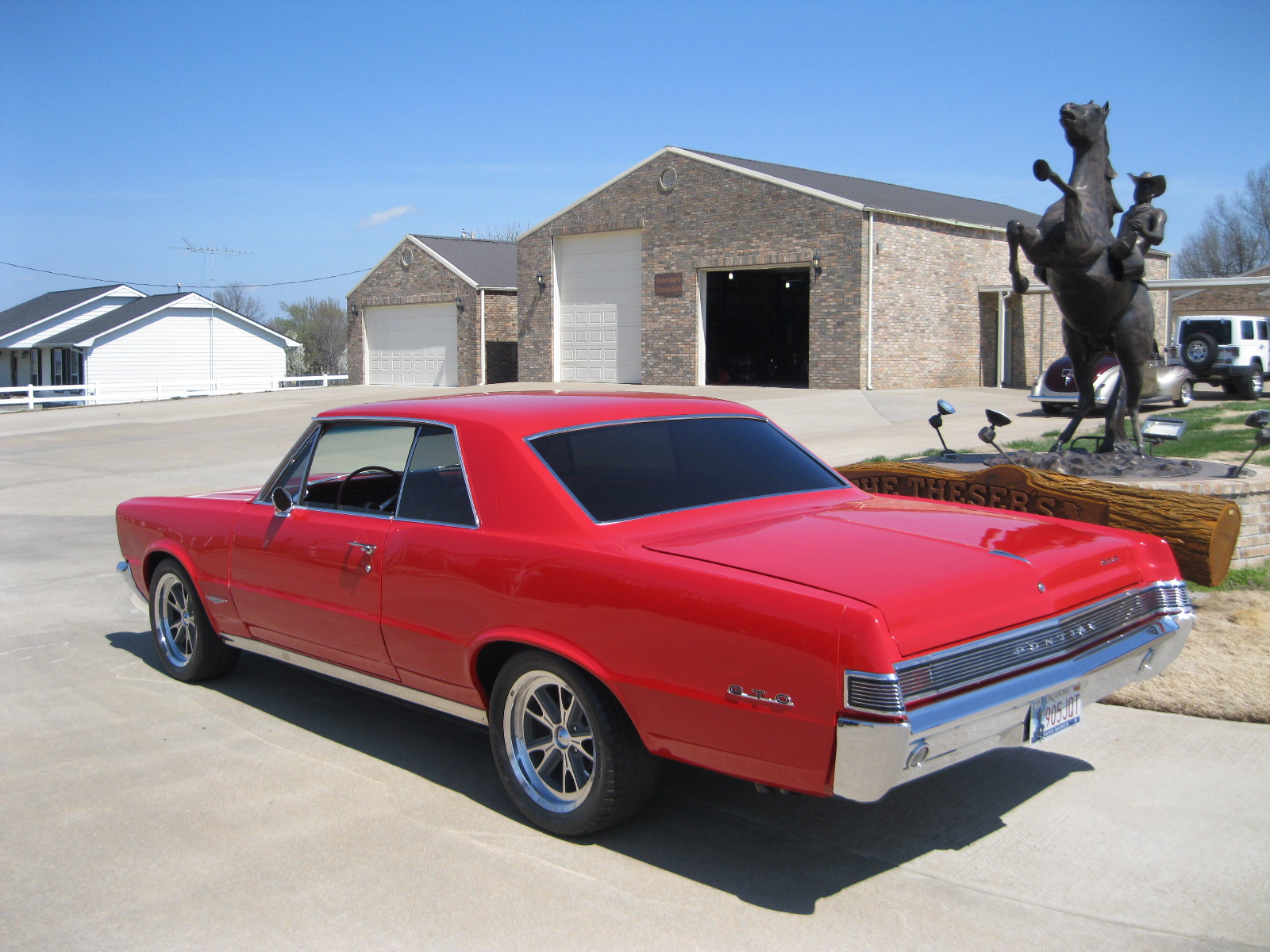 2nd Image of a 1965 PONTIAC GTO