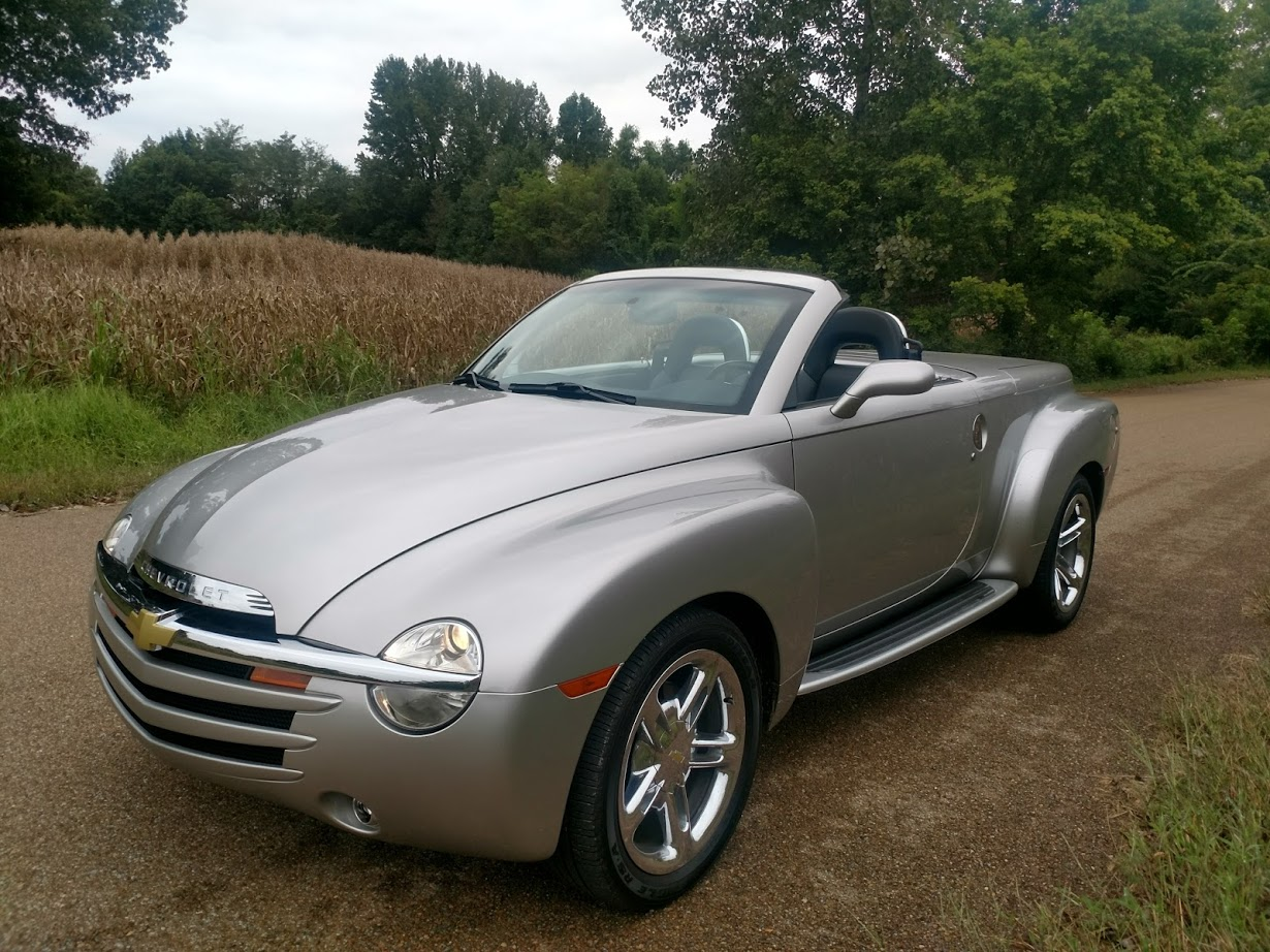 1st Image of a 2006 CHEVROLET SSR