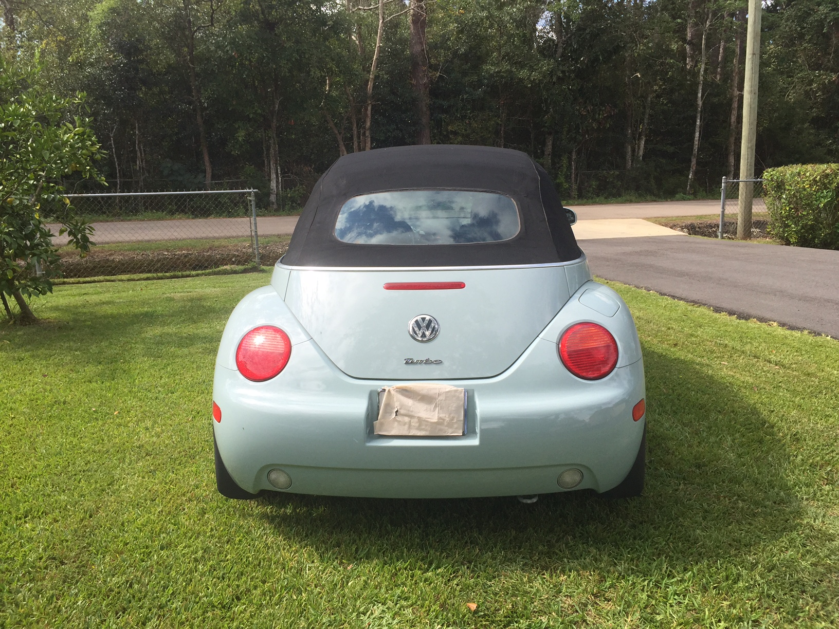 5th Image of a 2004 VOLKSWAGEN NEW BEETLE GLS
