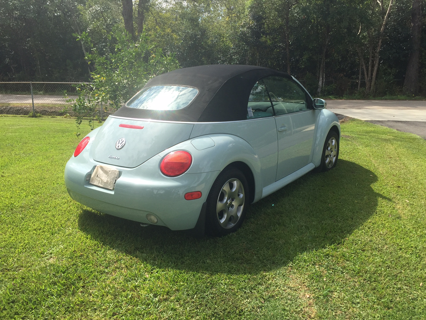 6th Image of a 2004 VOLKSWAGEN NEW BEETLE GLS