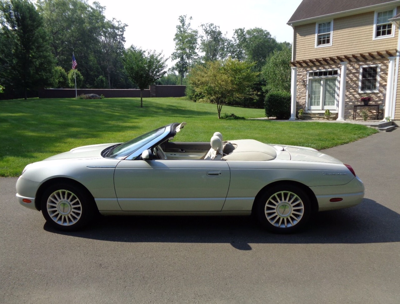 1st Image of a 2005 FORD THUNDERBIRD 50TH ANNIVERSARY