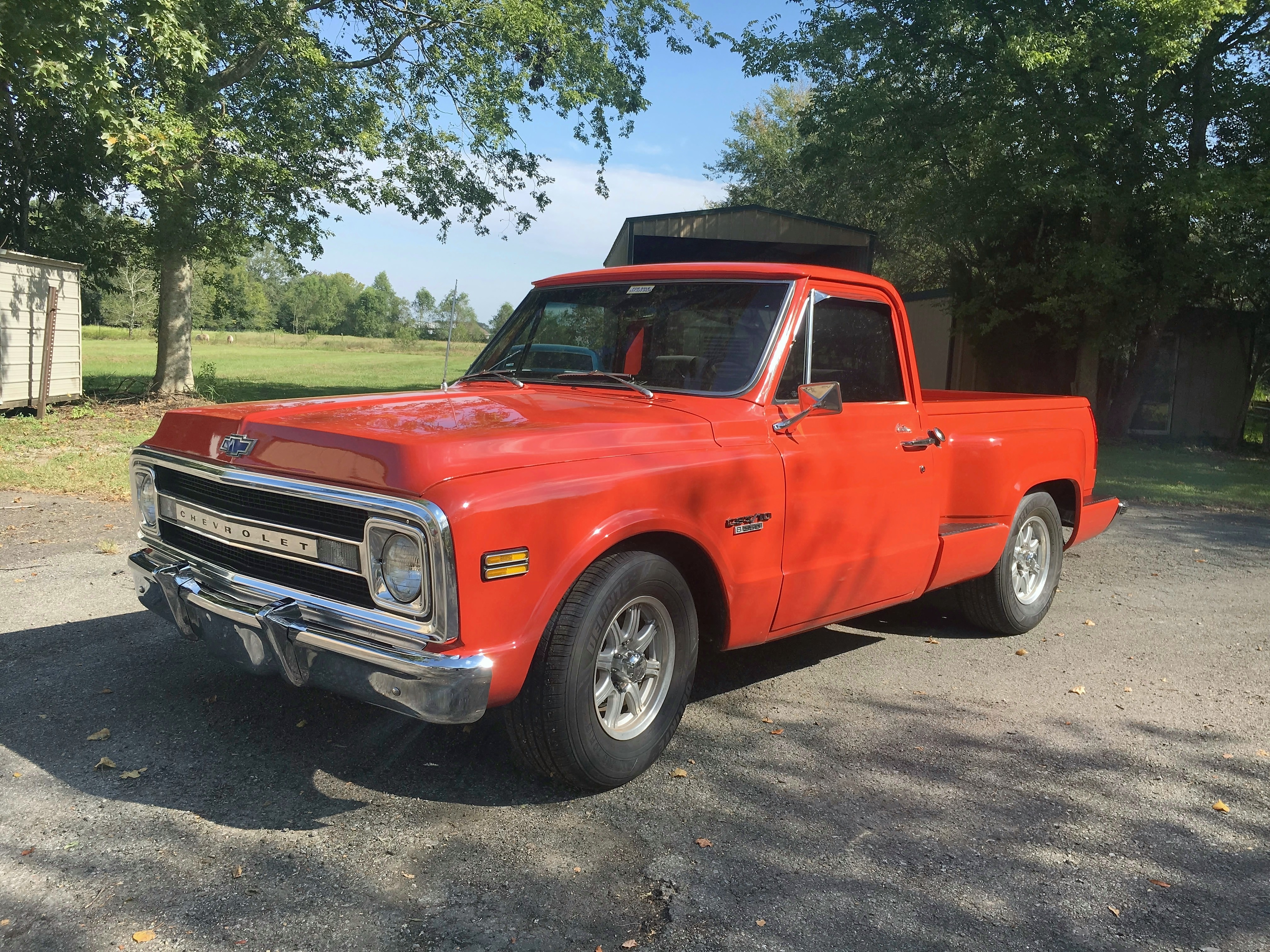 2nd Image of a 1970 CHEVROLET C10