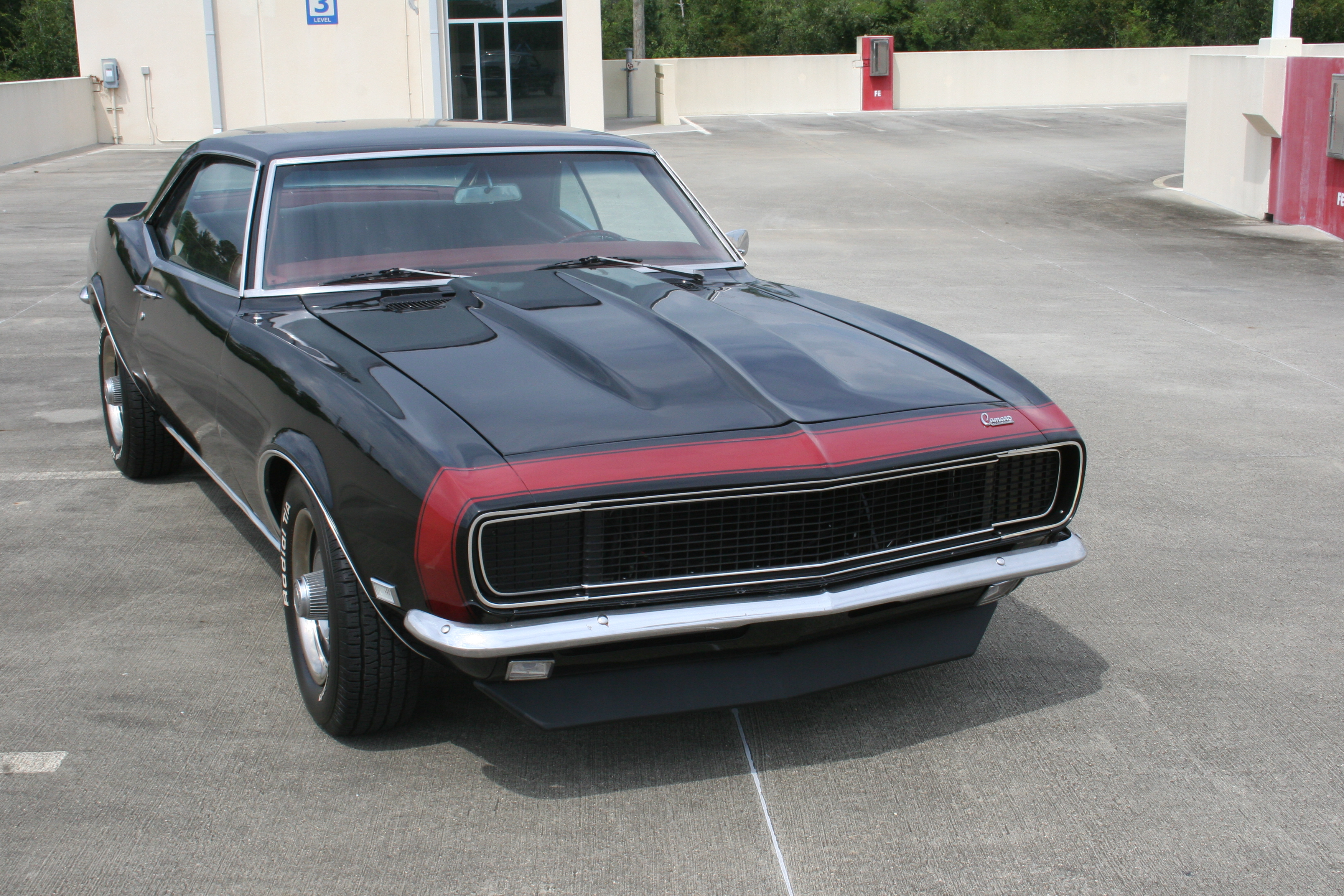 2nd Image of a 1968 CHEVROLET CAMARO
