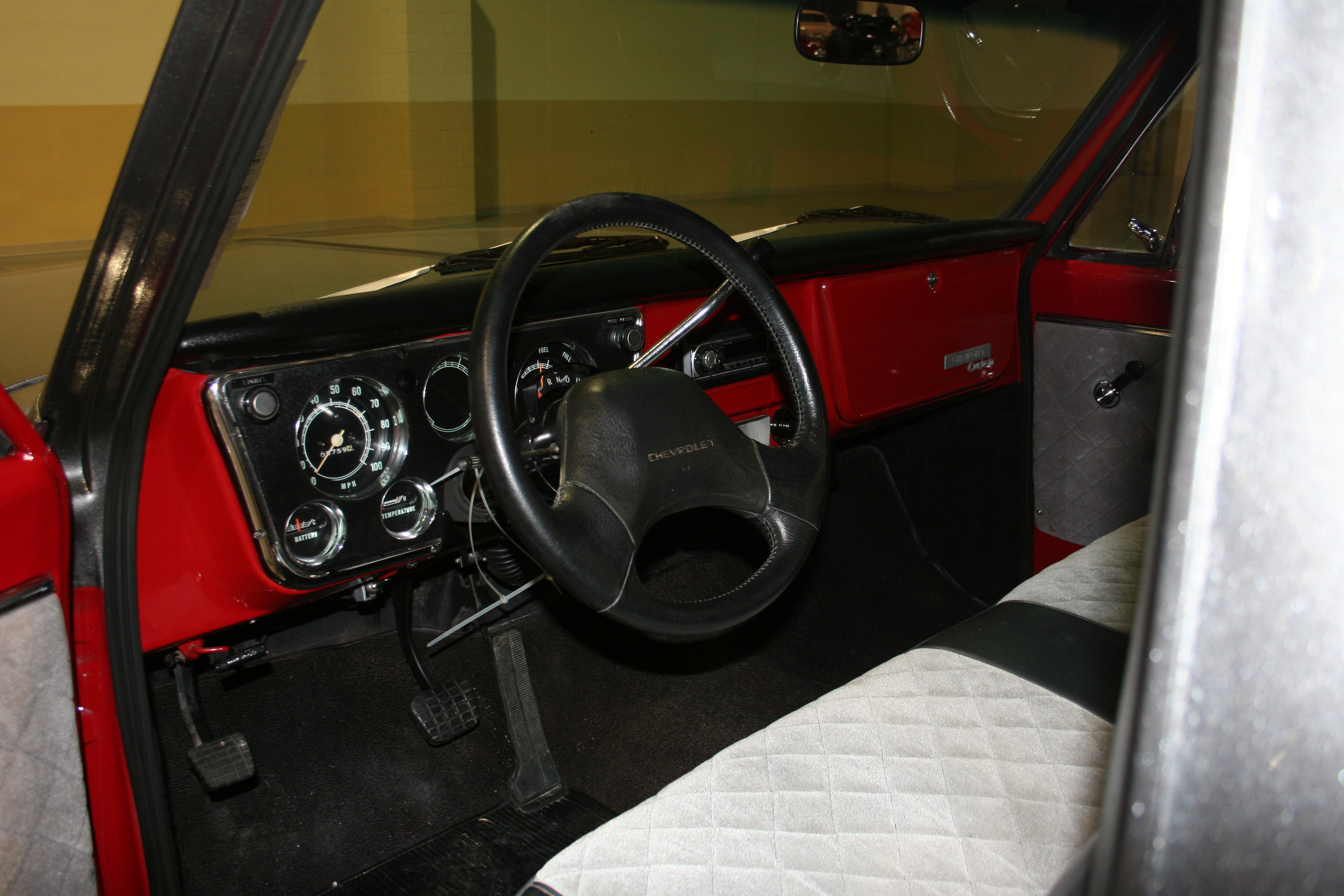 4th Image of a 1969 CHEVROLET C10