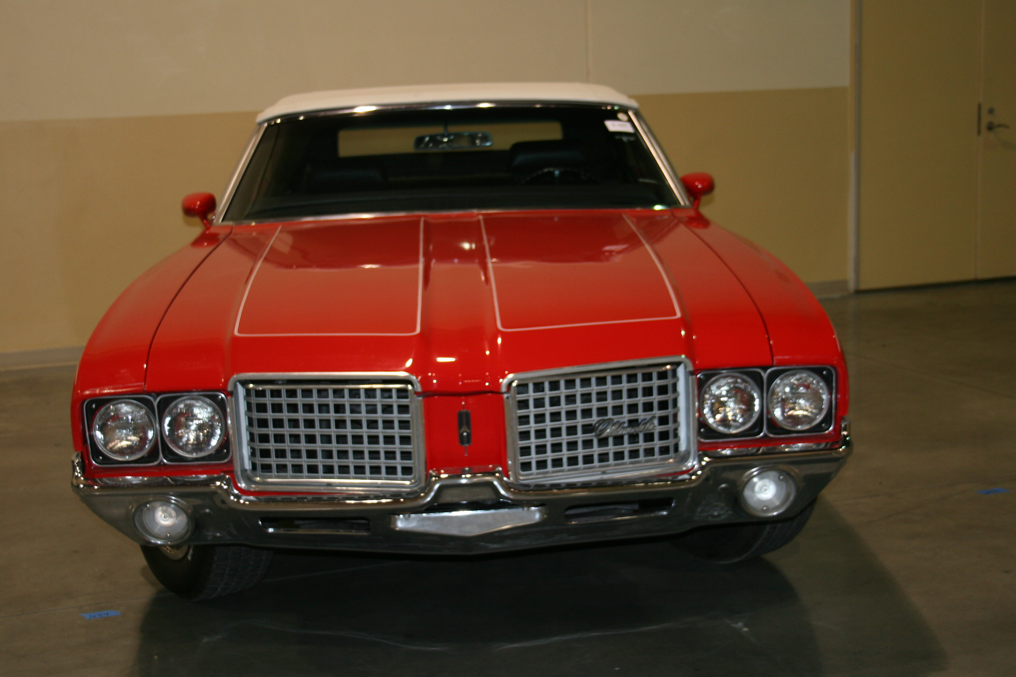 1st Image of a 1972 OLDSMOBILE CUTLASS SUPREME