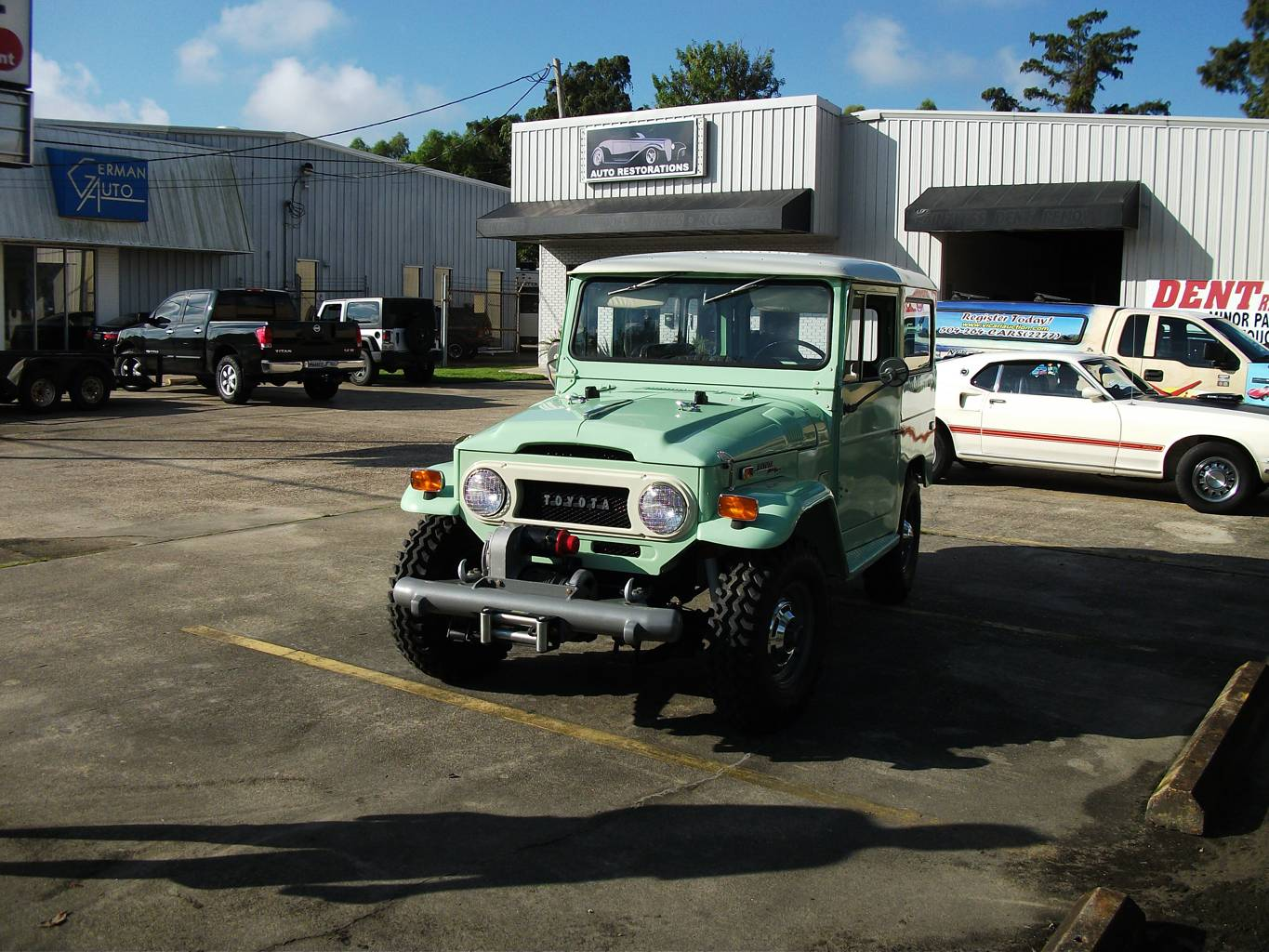 3rd Image of a 1970 TOYOTA LANDCRUISER