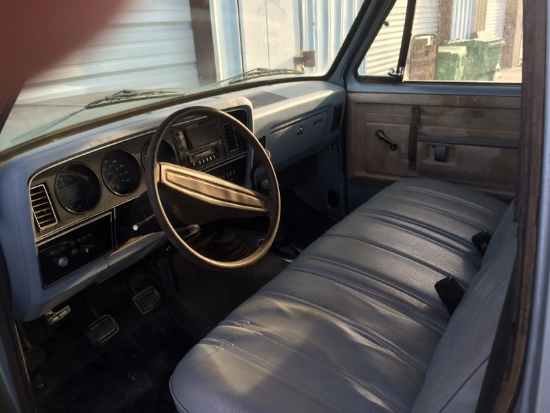 3rd Image of a 1981 DODGE W250 PICKUP 3/4 TON