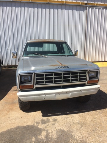 5th Image of a 1981 DODGE W250 PICKUP 3/4 TON