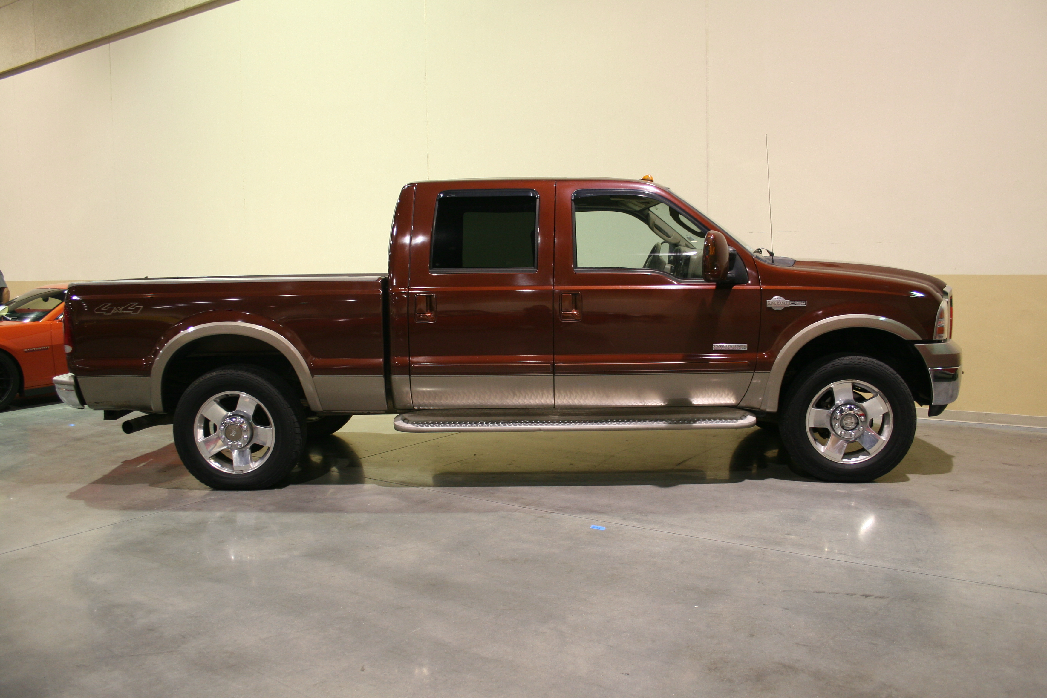 2nd Image of a 2006 FORD F-250 SUPER DUTY