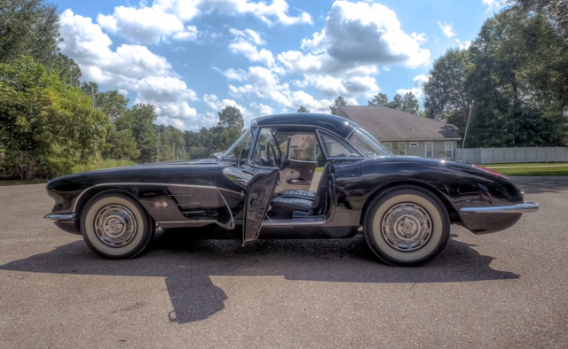 2nd Image of a 1959 CHEVROLET CORVETTE